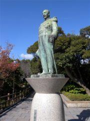 東郷平八郎銅像