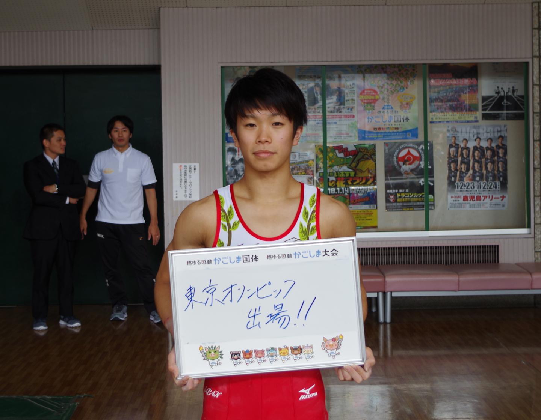 長谷川瑞樹選手(鹿屋体育大体操競技部)