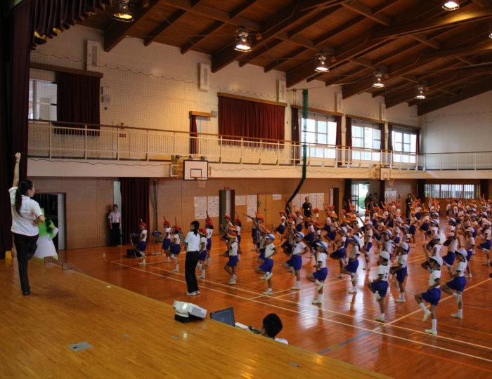 鹿児島市立福平小学校での国体ダンス講習会