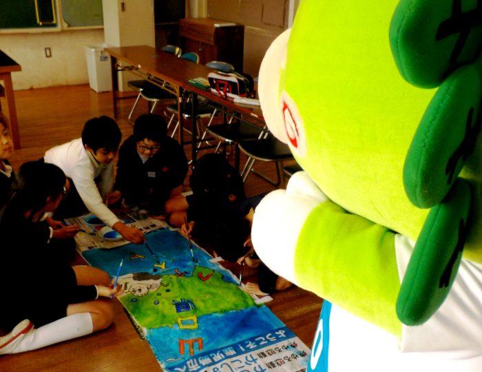 鹿児島市立坂元小学校で応援のぼり旗の取材をしました~手作り応援のぼり旗~