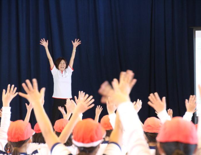 鹿児島市立坂元小学校での国体ダンス講習会